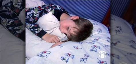 why do kids wet the bed how to deal with your child wetting the bed 171 parenting