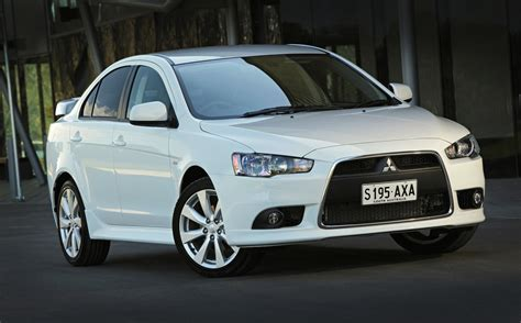 mitsubishi lancer mitsubishi lancer range updated for 2014 photos 1 of 4