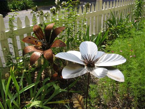 Garden Art Decor Giant Flower Sculpture Flower Metal Flower Garden Statues