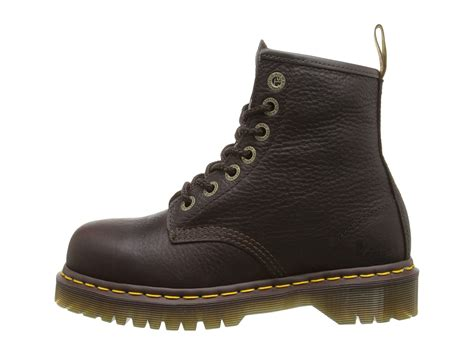 Dr Martens Boots 8217 dr martens work 7b10 st 7 eye boot at zappos