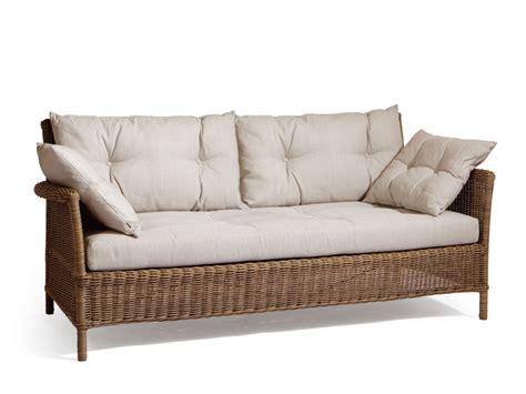 divanetti da giardino economici beaumont divano da giardino by manutti