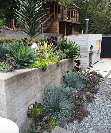 modern landscaping ideas for backyard 25 best ideas about modern landscaping on