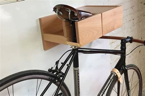 Wood Wall Bike Rack by Lignum Zadel