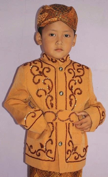 Baju Adat Sunda Untuk Anak Tk jual baju khitan baju adat sunda anak laki laki gold babekirei shop