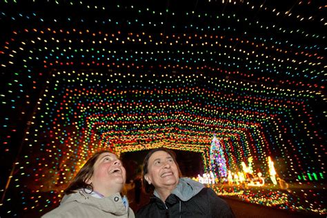 vasona fantasy of lights a holiday bright east bay times