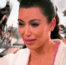 kim kardashian crying gifs kim kardashian crying gifs tenor