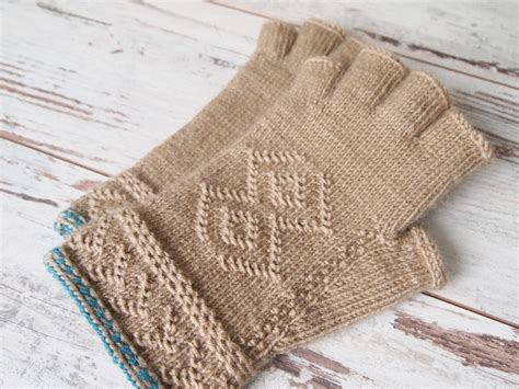 english knitting pattern for mittens 496 best images about knit techniques pattern on pinterest