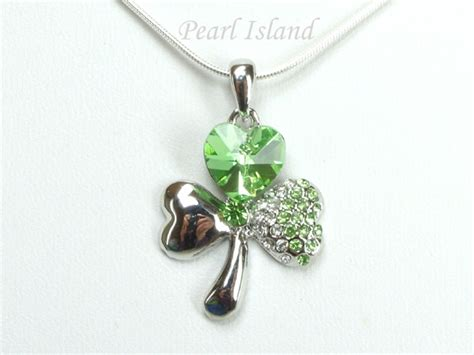 Clover Pendant Chain Necklace clover shamrock pendant with quality sterling silver chain