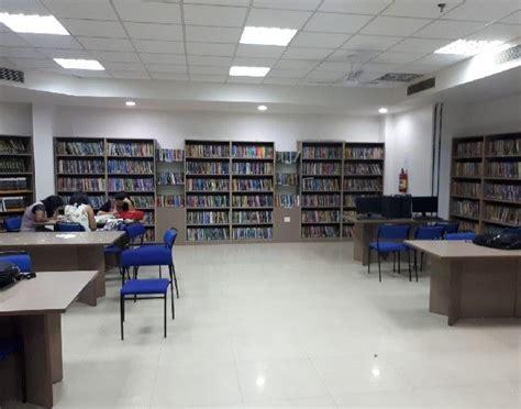 Kochi Business School Mba by Amity Global Business School Agbs Kochi Admissions