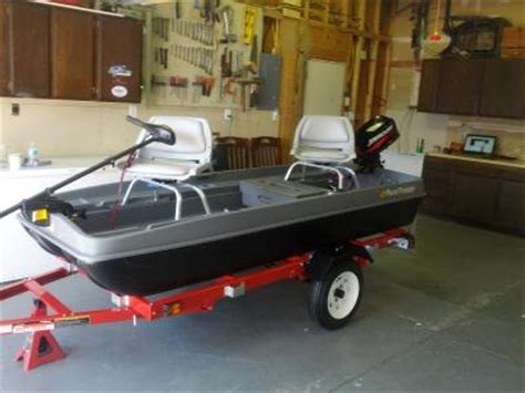 bass tracker pond boat uncle buck s pond prowler boat 10 bass pro shops