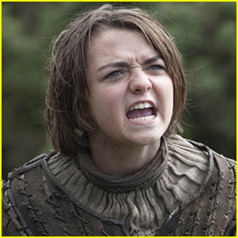 emma watson game of thrones game of thrones actress maisie williams calls out emma