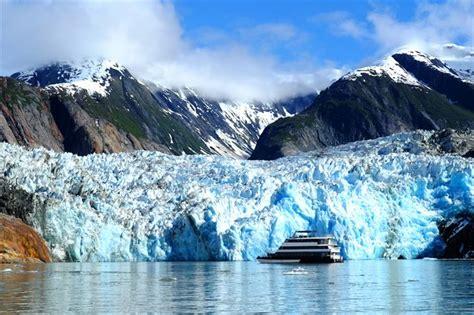 boat cruise alaska 14 kleinschalige cruises in alaska liveaboard