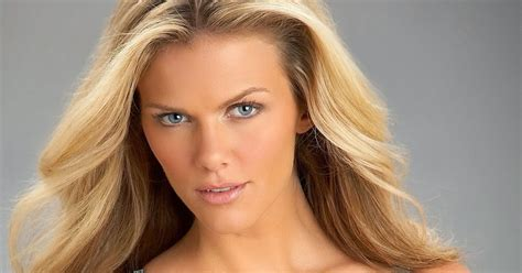 brooklyn decker the hottest girl on earth love that red hot and beautiful women of the world brooklyn decker usa