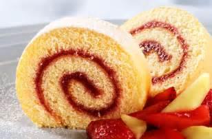 almond and raspberry swiss roll recipe goodtoknow
