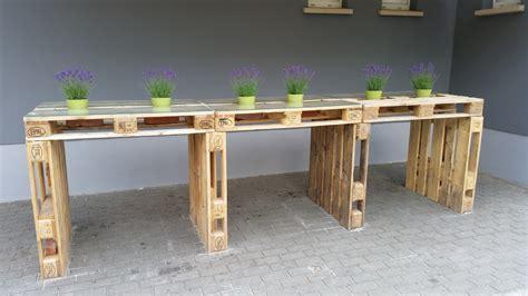 Mit Europaletten Bauen by Palettenm 246 Bel Tisch Aus Europaletten Bauen Theo