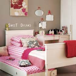 Decorating Ideas For Girls Bedrooms by Ideas For A Little S Bedroom Home Design Inside