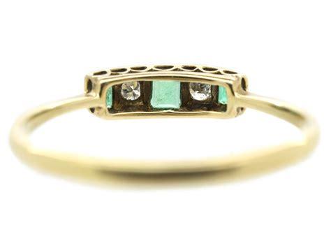 deco rectangular cut emerald ring the