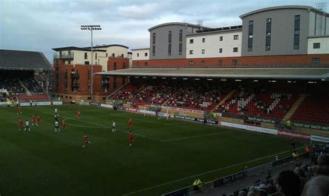 Leyton Orient Wallpaper