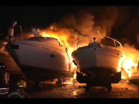 tow boat on fire mabas25 seneca fire dept 17 yachts on fire fully involved