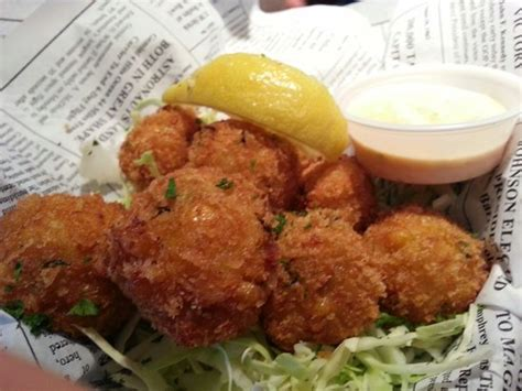 shrimp hush puppies hush puppies shrimp and fish with corn fried picture of bubba gump shrimp co