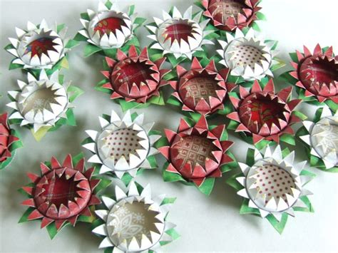 Toilet Paper Roll Flowers Craft - michele made me tutorial toilet roll flower brooch and
