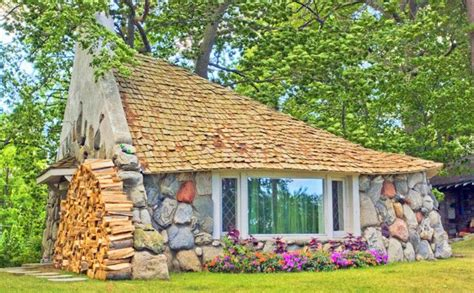 pictures of hobbit houses hobbit houses pictures home design