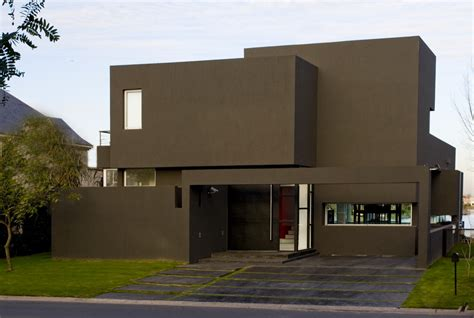 the house is black the black house by andres remy arquitectos homedsgn