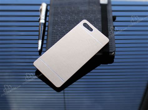 Motomo For Sony Xperia M5 motomo sony xperia m5 metal gold rubber kılıf stoktan