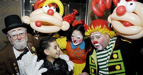 clowns bronx ny clowns hitting city for convention ny daily news