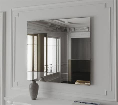 what color is a mirror color mirror
