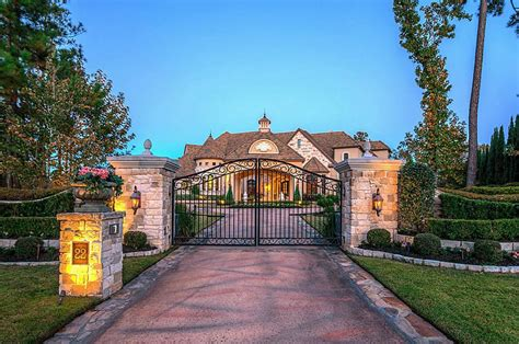 2 000 Square Feet stone amp stucco golf course mansion in the woodlands tx