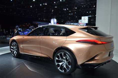lexus lf lexus lf 1 is a long nosed flagship suv concept in detroit