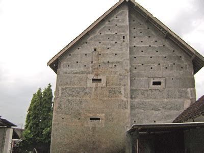 membuat rumah burung walet keamanan rumah sarang burung walet dengan pemancar fm