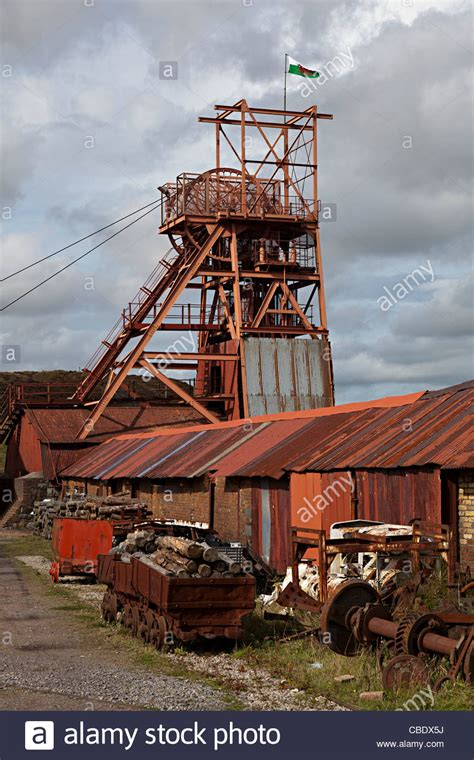 Big Pit Winding Gear And Trucks Big Pit Coal Mine Blaenavon