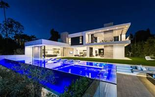 10 stunning modern mansions for sale in la zillow porchlight cool http house for sale by owner com http houses for