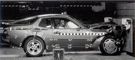 Porsche 944 Crash by I Need The Pic Of The 944 Crash Test Rennlist