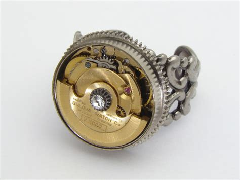 steunk ring gold movement with moving gears