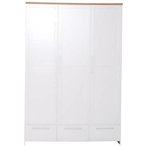 kleiderschrank preiswert kleiderschrank wei 223 mit 3 t 252 ren 3 schubladen preiswert