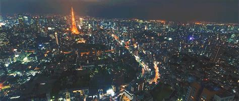 Seeing Tokyo at Night from Above Makes It Look Like a City