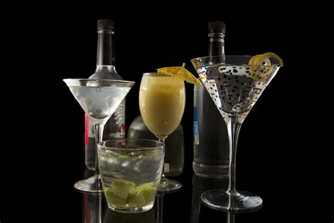 top bar drinks 10 most popular bar drinks leaftv