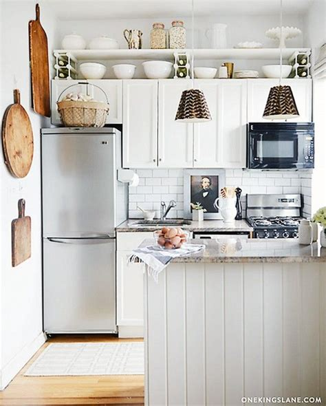 small country kitchen decorating ideas best 25 small country kitchens ideas on pinterest