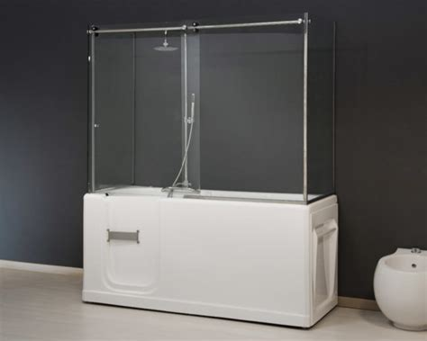 sportello doccia vasca con sportello per anziani e disabili novabad