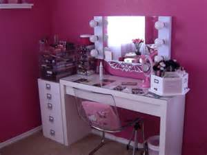 Glass Bedroom Vanity Furniture Wonderful Makeup Vanity Table With Lighted Mirror To Your Bedroom Ideas