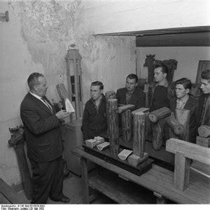 wann kamen die ersten gastarbeiter nach deutschland die ersten gastarbeiter wohnen und leben alltag brd
