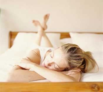 how to relax before bed to relax the body refreshed 8 easy ways to relax before bed