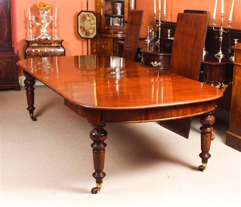 antique  ft victorian   mahogany dining table