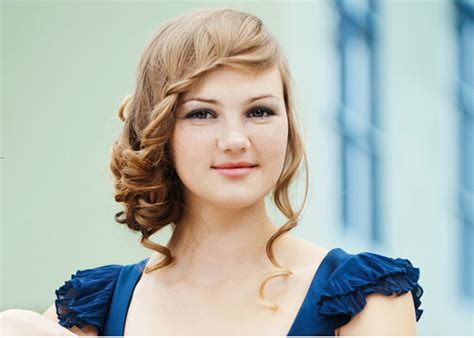 prom hairstyles for medium length hair hairstyle