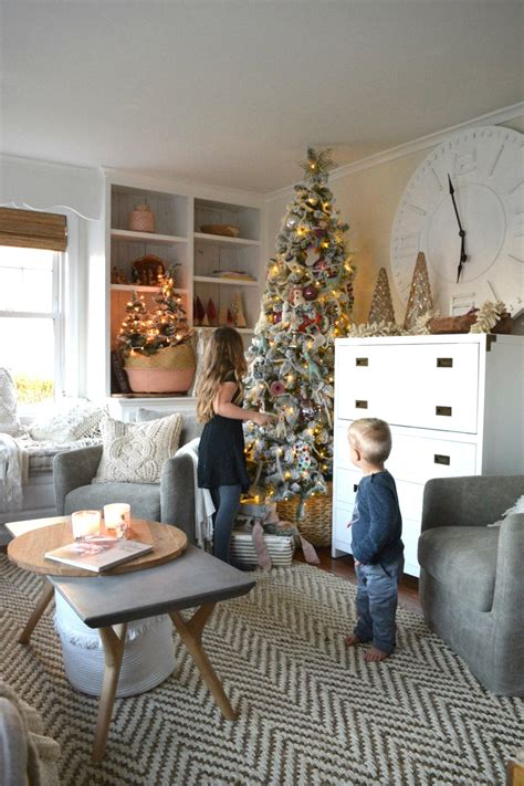 decorating with family photos christmas tree in our small family room nesting with grace
