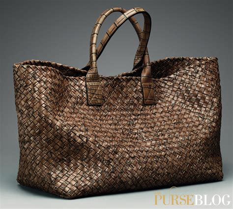 Bottega Cabat weekend obsession bottega veneta cigar cocco lave large