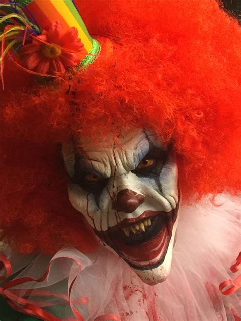 Best 25 Scary Clown Costume by Best 25 Clown Scary Ideas On Scary